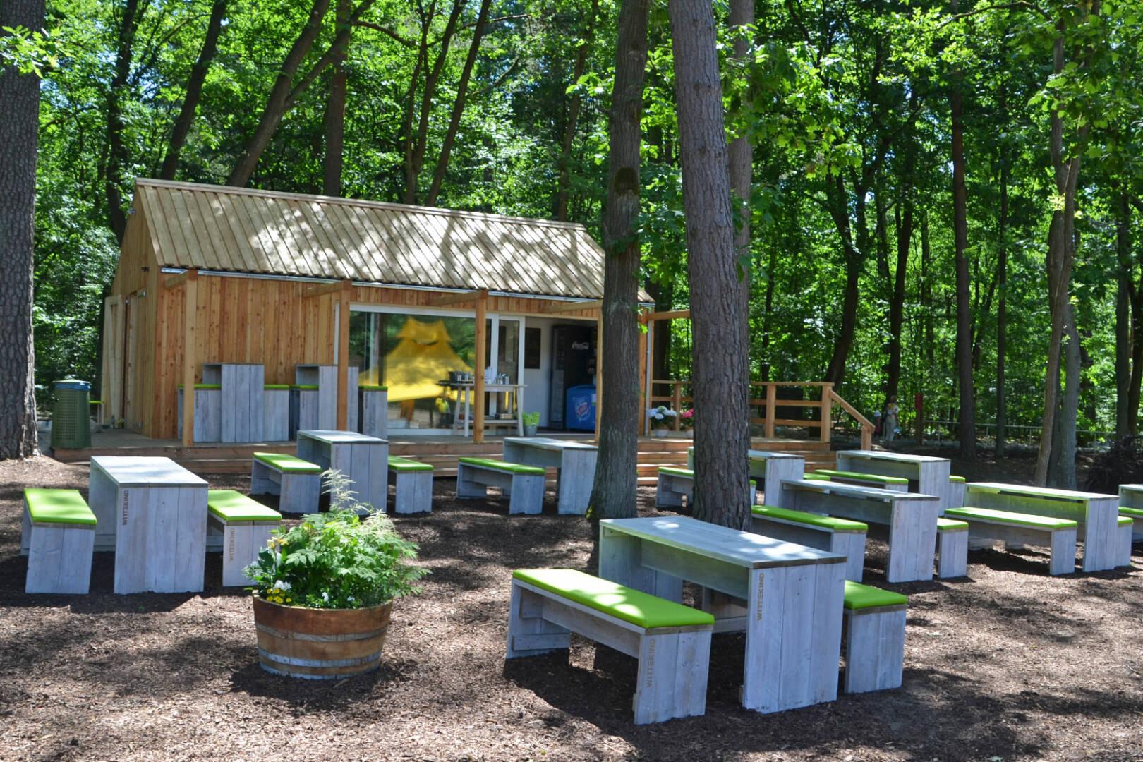 """Lernen im """"grünen Klassenzimmer"""" mitten in der Natur"""